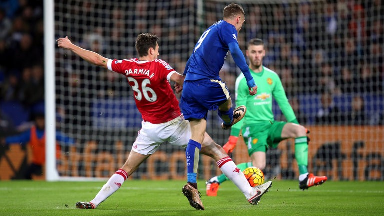 1448743103_jamie-vardy-leicester-city-manchester-united-premier-league_3382650