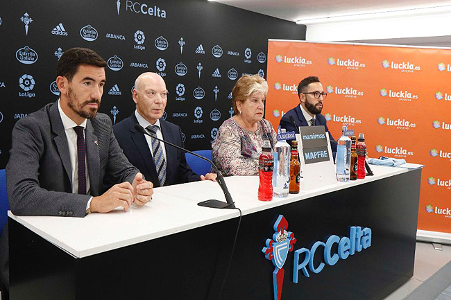 Luckia-y-el-RC-Celta-firman-un-IMPORTANTE-acuerdo-de-patrocinio-2