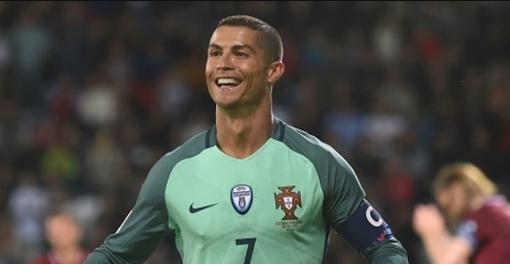 Сборной Мексики будет противостоять команда Португалии, анеодин Роналду— Осорио