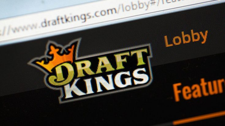 Daily fantasy sports sites DraftKings and FanDuel say they expect the deal, which is subject to regulatory approval, will close in 2017